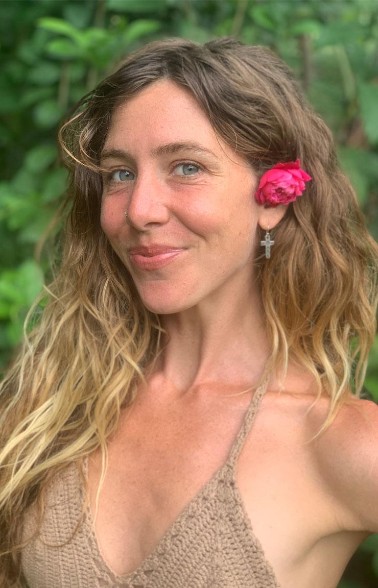 Chelsea Bobowicz Maui Hawaii Pilates Barre Yoga